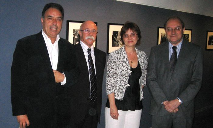 From right to left, Spain's ambassador to France,  Francisco Villar y Ortíz de Urbina; the director of Jeu de Paume, Marta Gili; the director of the office of the Generalitat de Catalunya in Paris, Apel.les Carod-Rovira; and the curator of the exhibition, Miquel Berga, at the official opening of the exhibition, June, 8th 2009